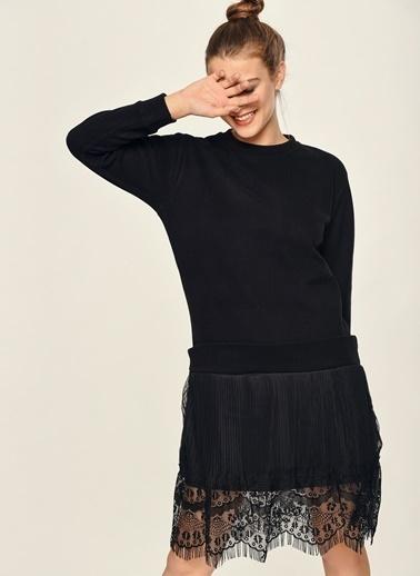 Loves You Eteği Piliseli Triko Garnili Elbise Siyah